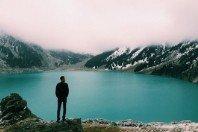 Deus está contigo! 4 versículos para restaurar sua confiança