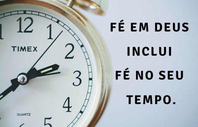 Fé em Deus inclui fé no seu tempo - Imagem de um relógio
