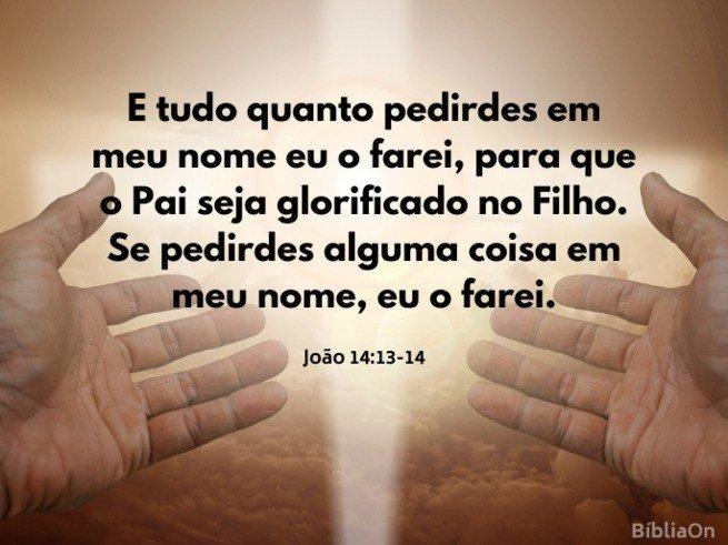 Fundo luz em forma cruz, mãos estendidas, oração - João 14:13-14 - 'Tudo que pedirem em meu nome eu farei.'