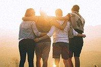 5 versículos que mostram o valor da amizade