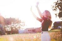 3 versículos que ensinam sobre a verdadeira adoração