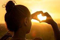 7 versículos lindos sobre o amor de Deus que vão tocar seu coração