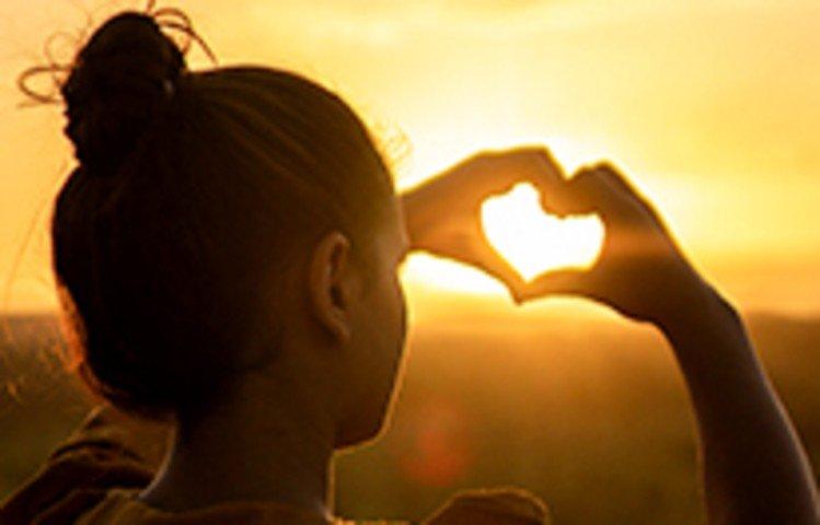 7 Versículos Lindos Sobre O Amor De Deus Que Vão Tocar Seu