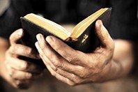 Os 20 versículos mais conhecidos da Bíblia (e o que significam)